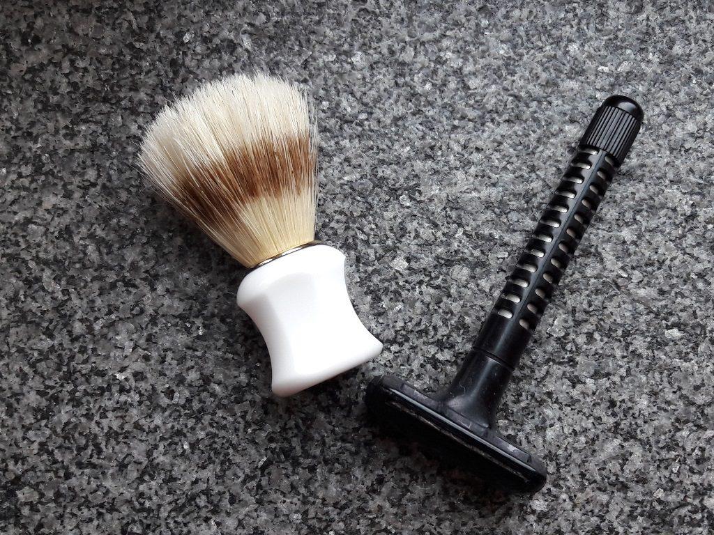 Rasierzeugs minimalistisch